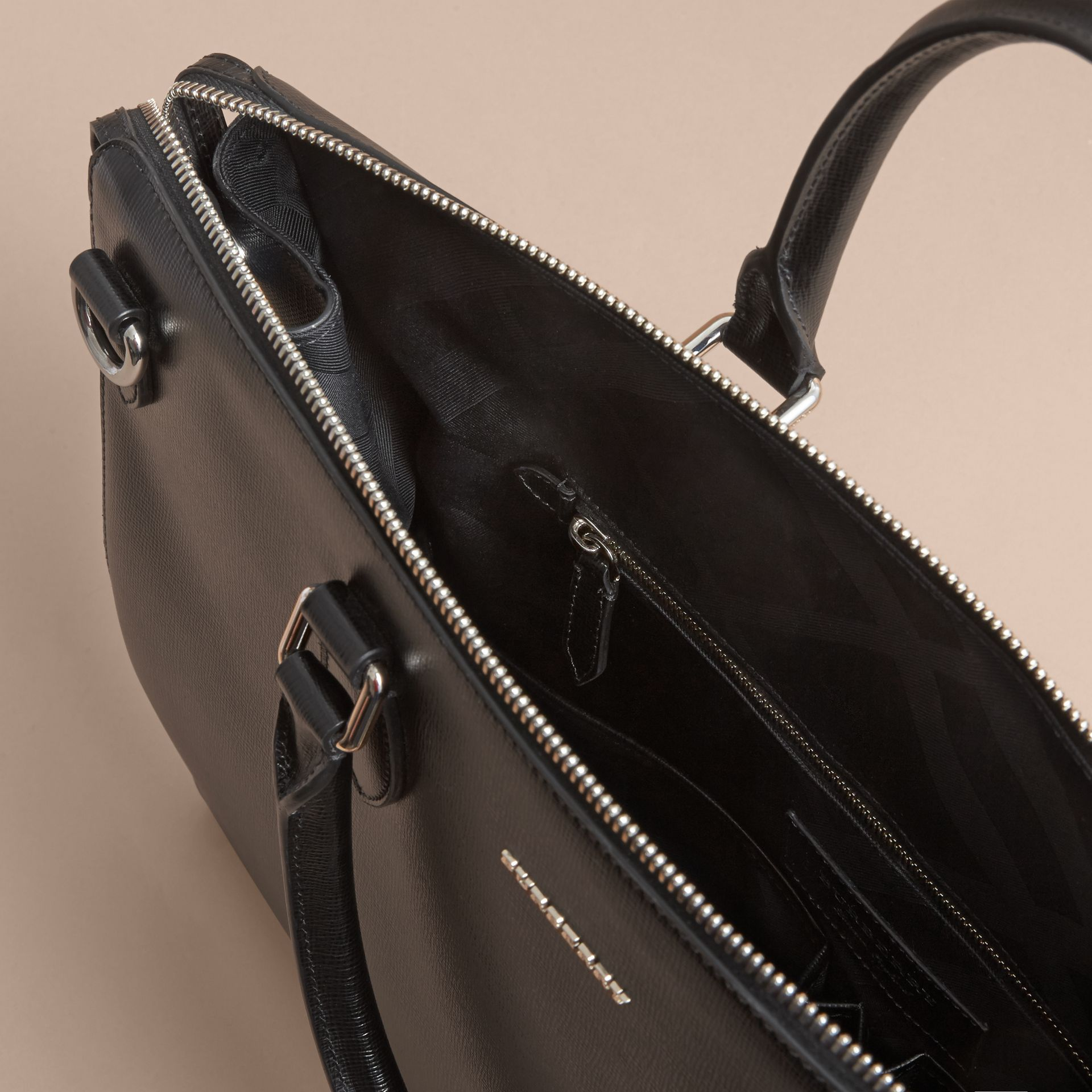 Large London Leather Briefcase Black - gallery image 4