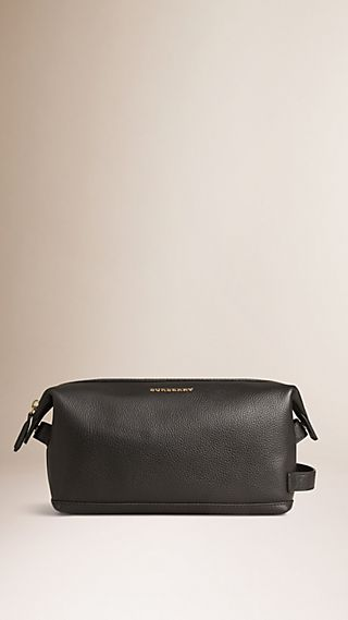 Grainy Leather Washbag