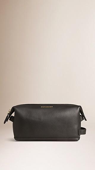 Grainy Leather Washbag