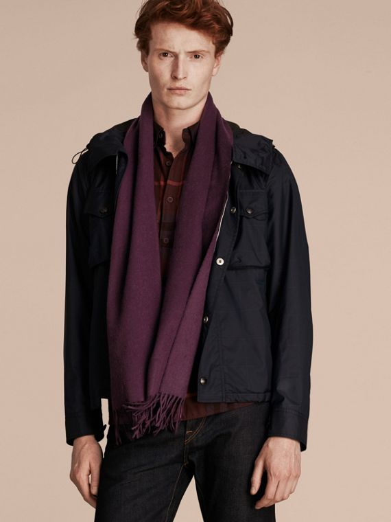 The Classic Cashmere Scarf in Aubergine | Burberry Canada - cell image 3