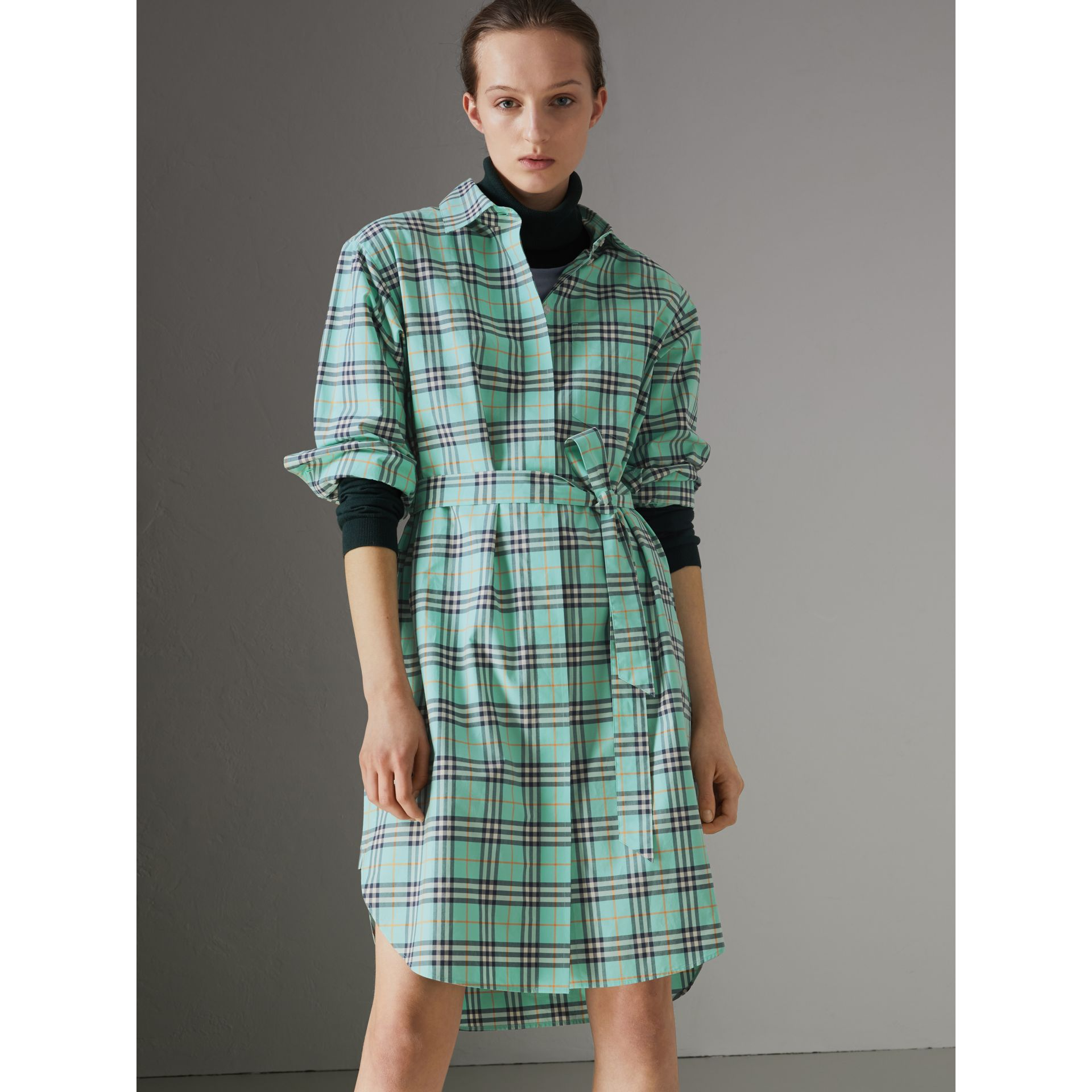 Tie-waist Check Cotton Shirt Dress in Bright Aqua - Women | Burberry - gallery image 4