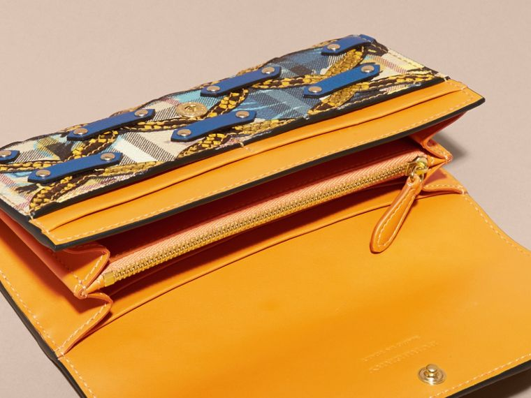 Larch yellow Snakeskin Appliqué Peony Rose Print Haymarket Check Continental Wallet Larch Yellow - cell image 4