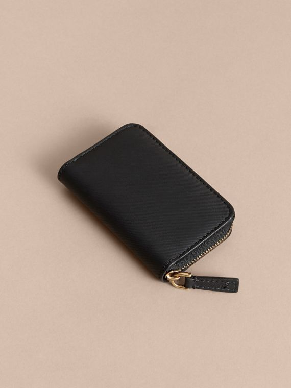 Trench Leather Ziparound Coin Case in Black - Men | Burberry Hong Kong - cell image 2