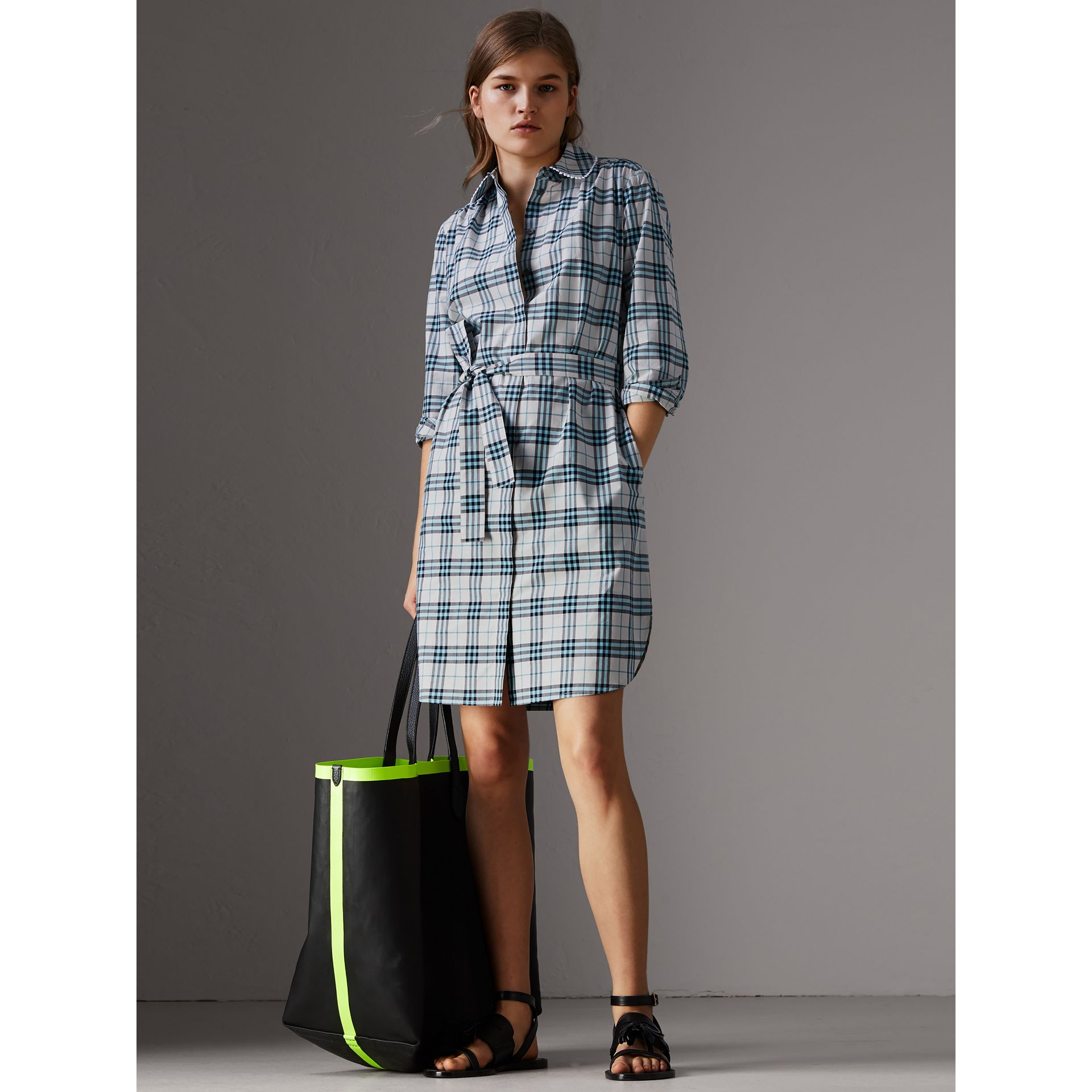 Lace Trim Collar Check Cotton Shirt Dress in Pale Stone - Women | Burberry - gallery image 4