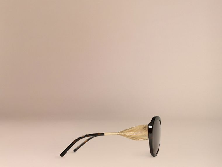 Gabardine Collection Oversize Round Frame Sunglasses in Ebony - Women | Burberry - cell image 4