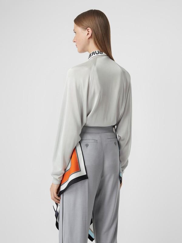 Haut en maille avec foulards en soie à imprimé animalier (Porcelaine) - Femme | Burberry Canada - cell image 2
