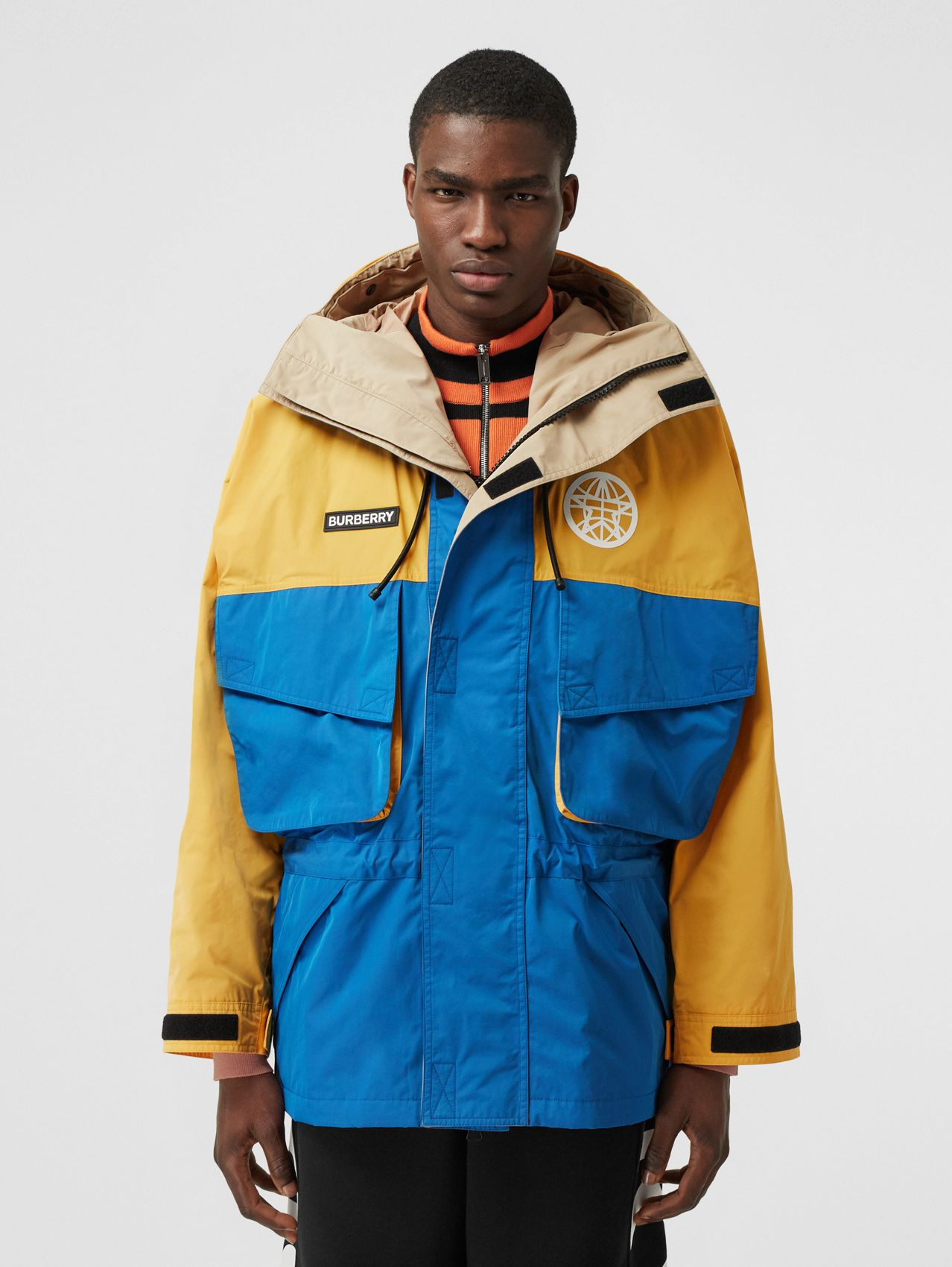 Globe Graphic Colour Block Technical Twill Jacket in Regency Blue