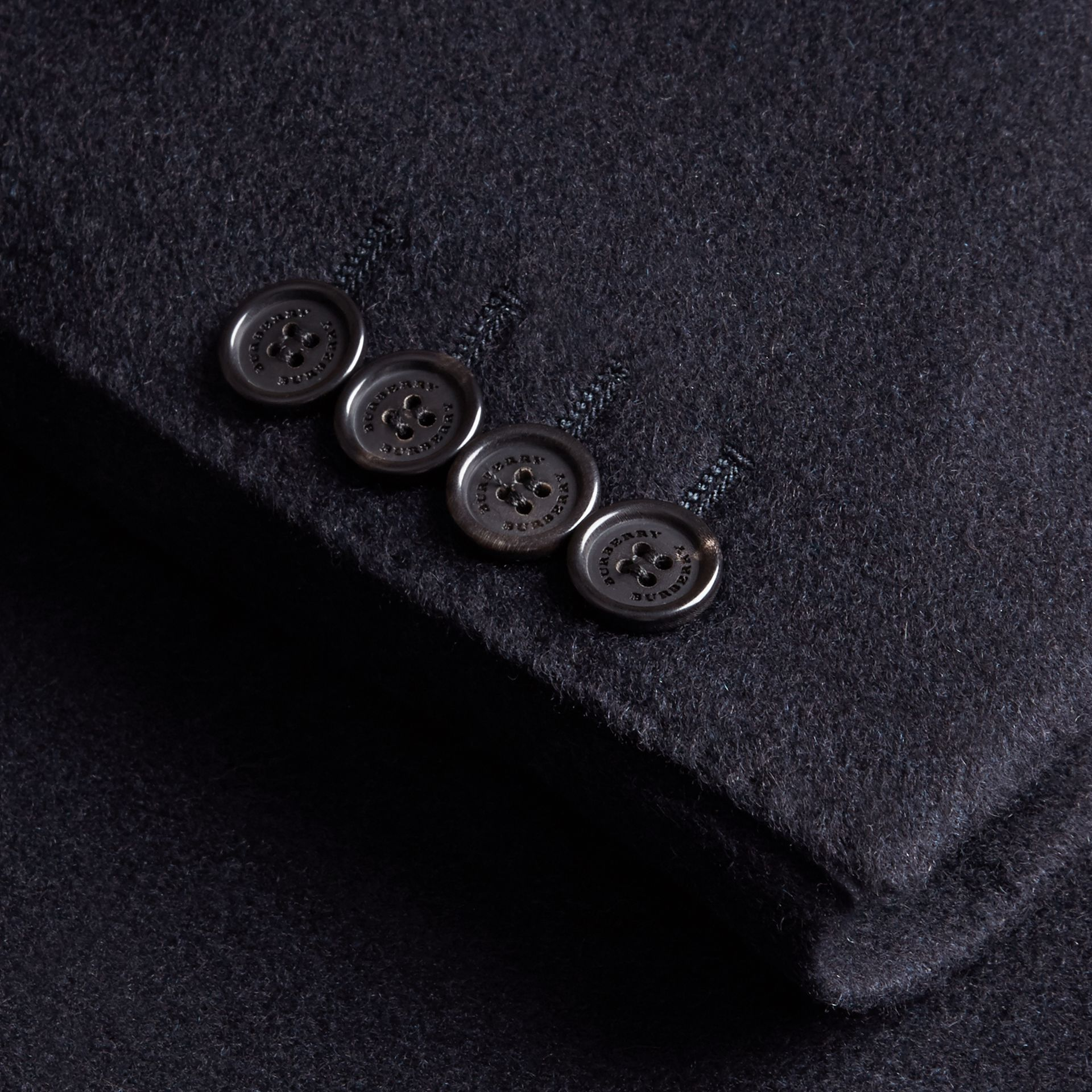 Modern Fit Lightweight Cashmere Tailored Jacket in Navy Melange - gallery image 2