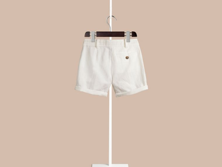White Pleated Cotton Linen Chino Shorts - cell image 1