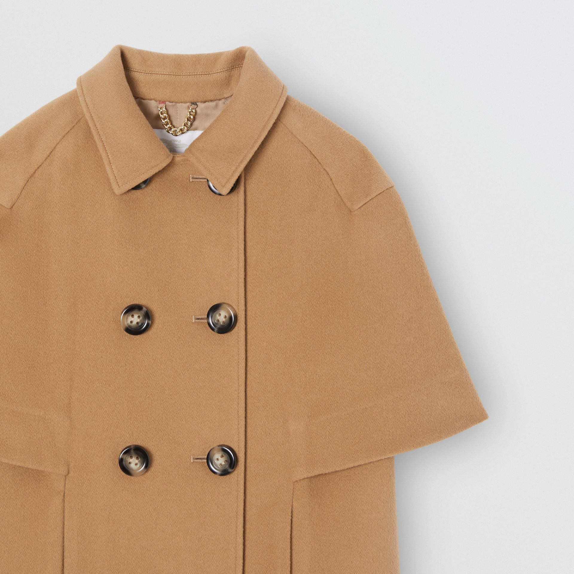 Manteau-cape en cachemire (Sable Foncé) | Burberry Canada - photo de la galerie 4