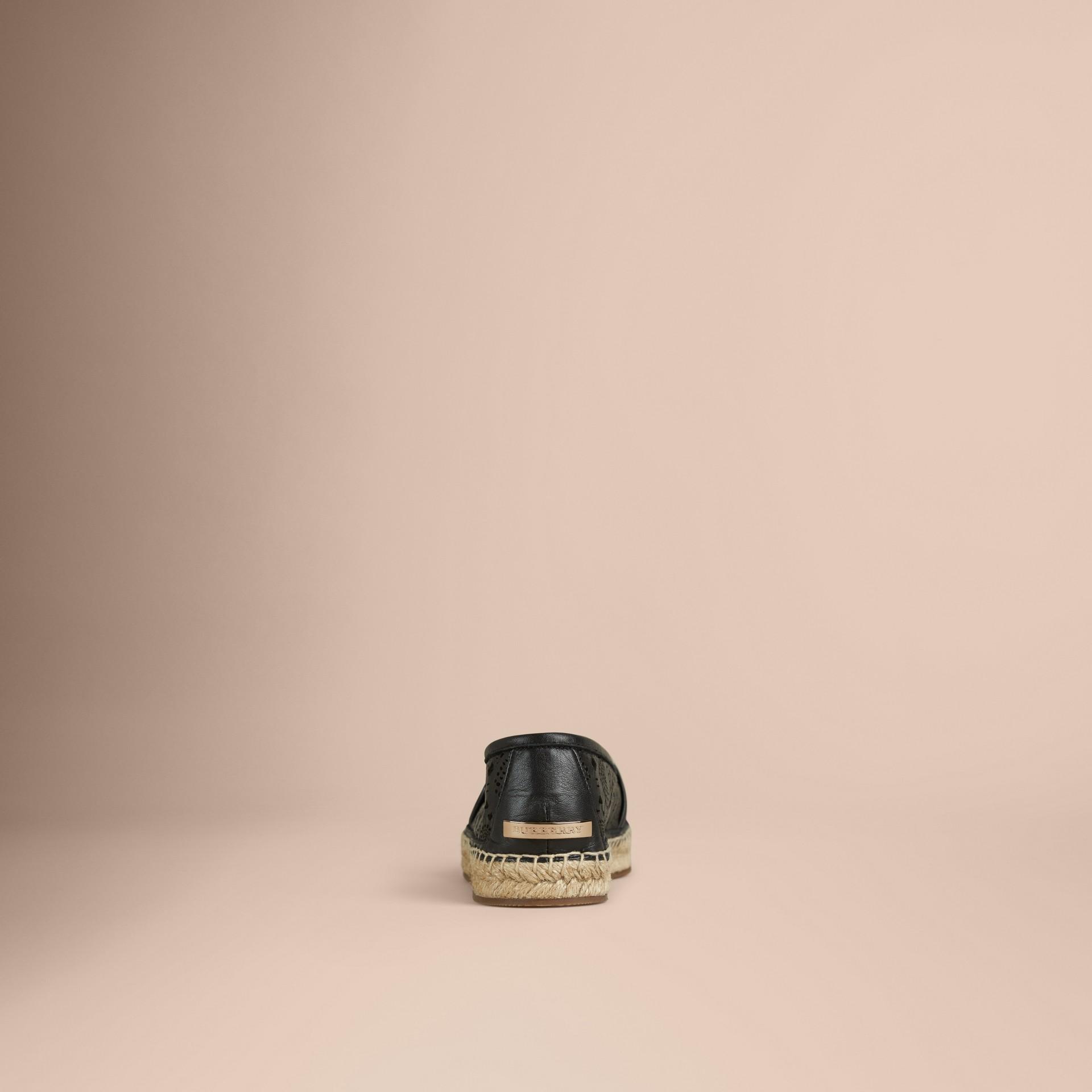 Schwarz Espadrilles aus lasergeschnittenem Lammleder Schwarz - Galerie-Bild 2