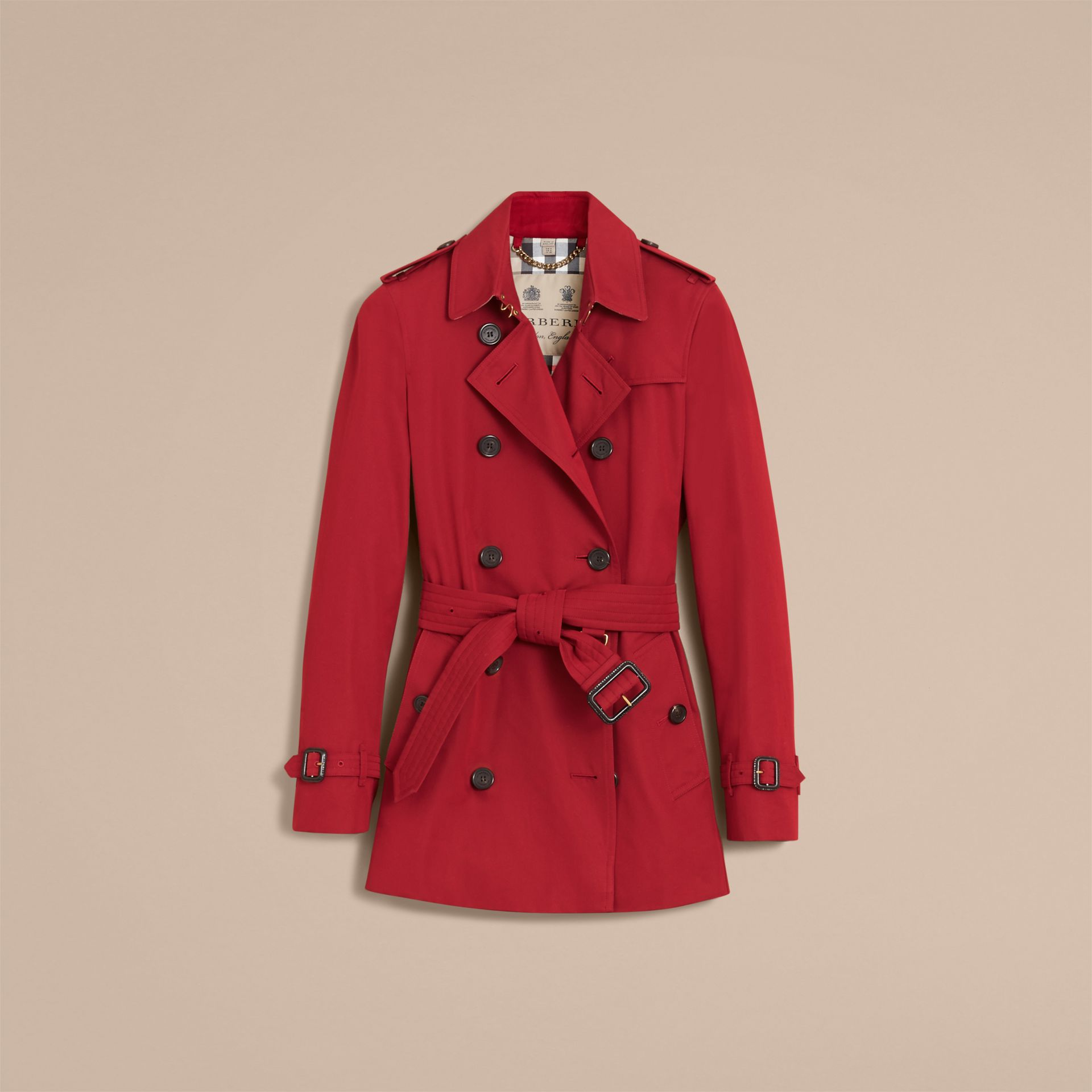 The Kensington – Short Heritage Trench Coat in Parade Red - Women | Burberry - gallery image 4