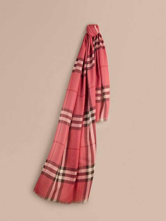 Foulard léger en laine et soie à motif check Rose Blush
