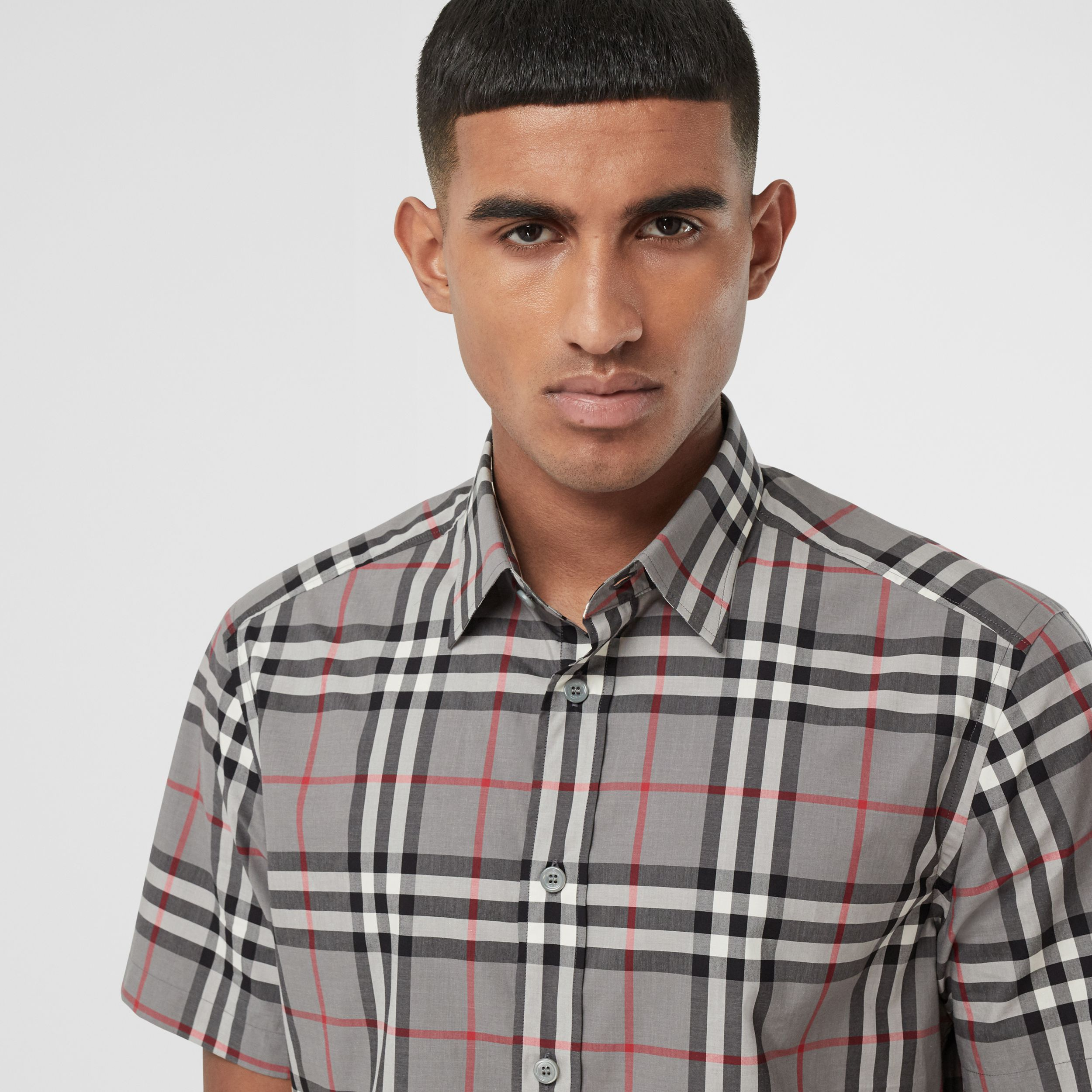 Short-sleeve Check Cotton Poplin Shirt in Storm Grey Melange - Men | Burberry - 2