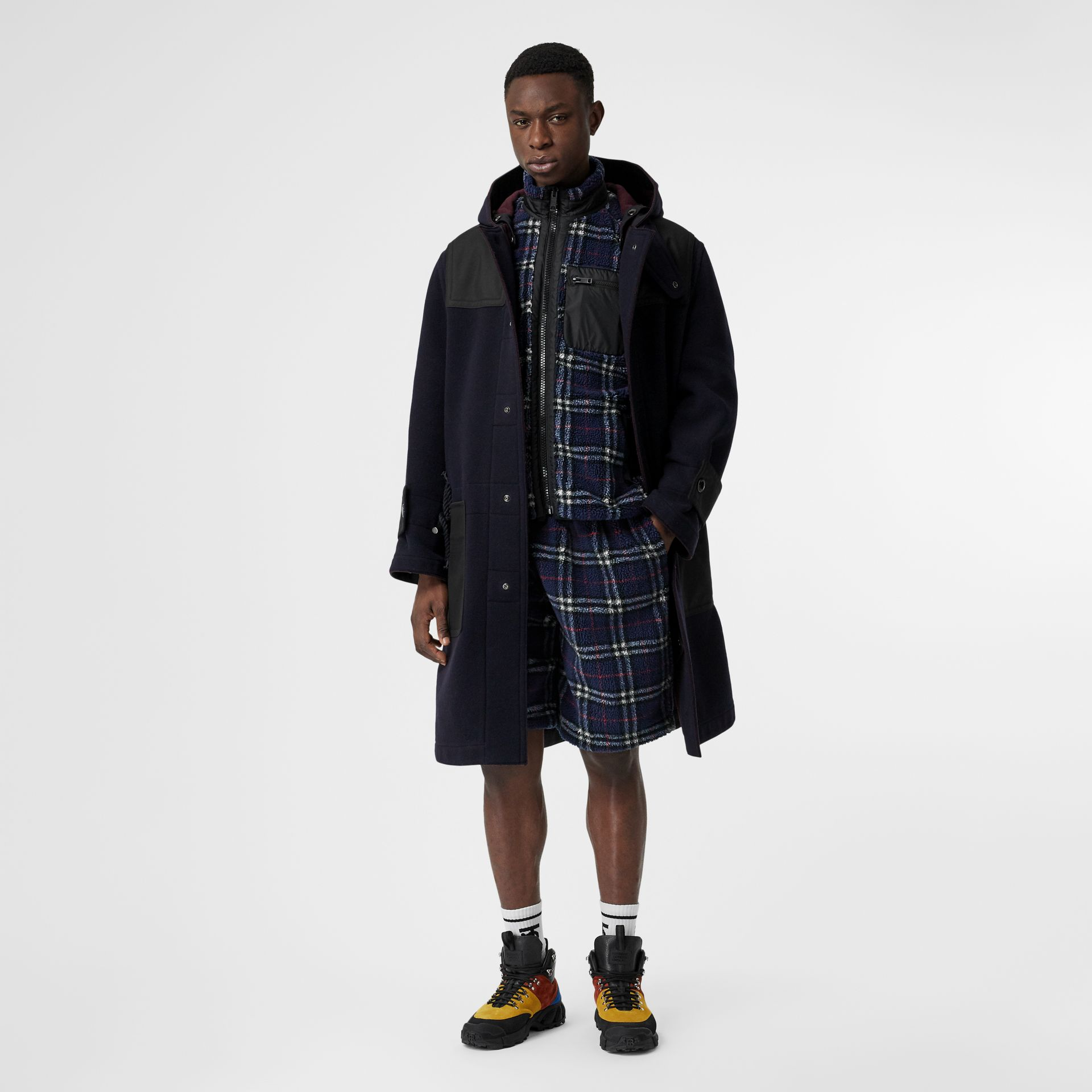 Vintage Check Faux Shearling Jacket in Navy - Men | Burberry - gallery image 4