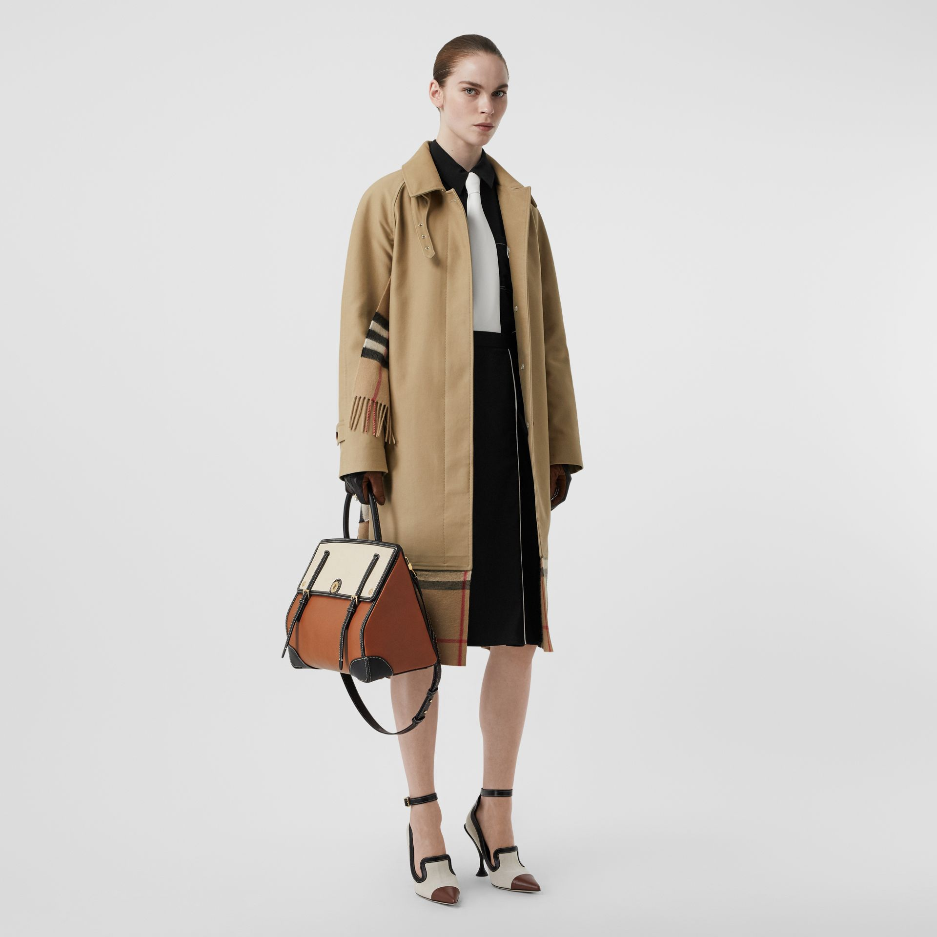 Medium Leather and Cotton Canvas Elizabeth Bag in Tan - Women | Burberry Singapore - gallery image 5