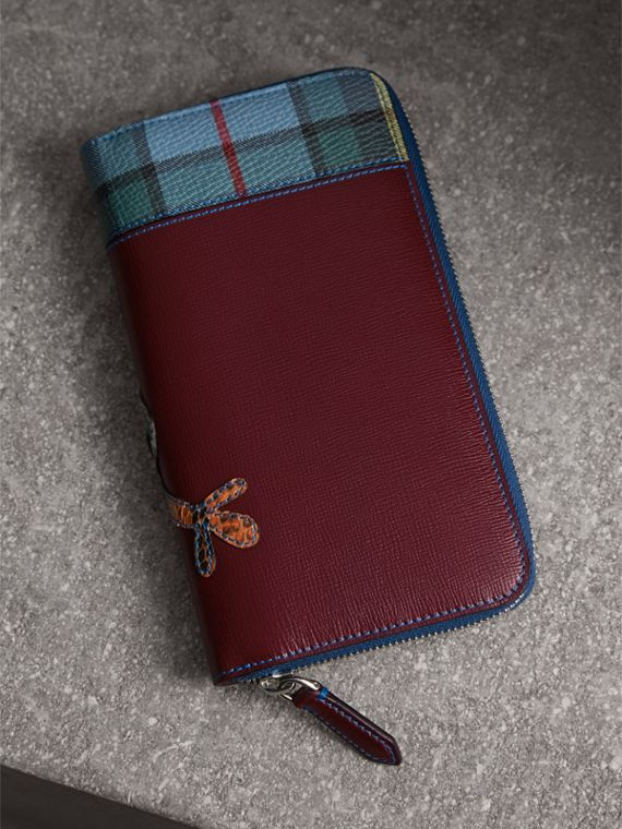 Creature Appliqué Leather Ziparound Wallet in Burgundy Red - Men | Burberry Singapore - cell image 2