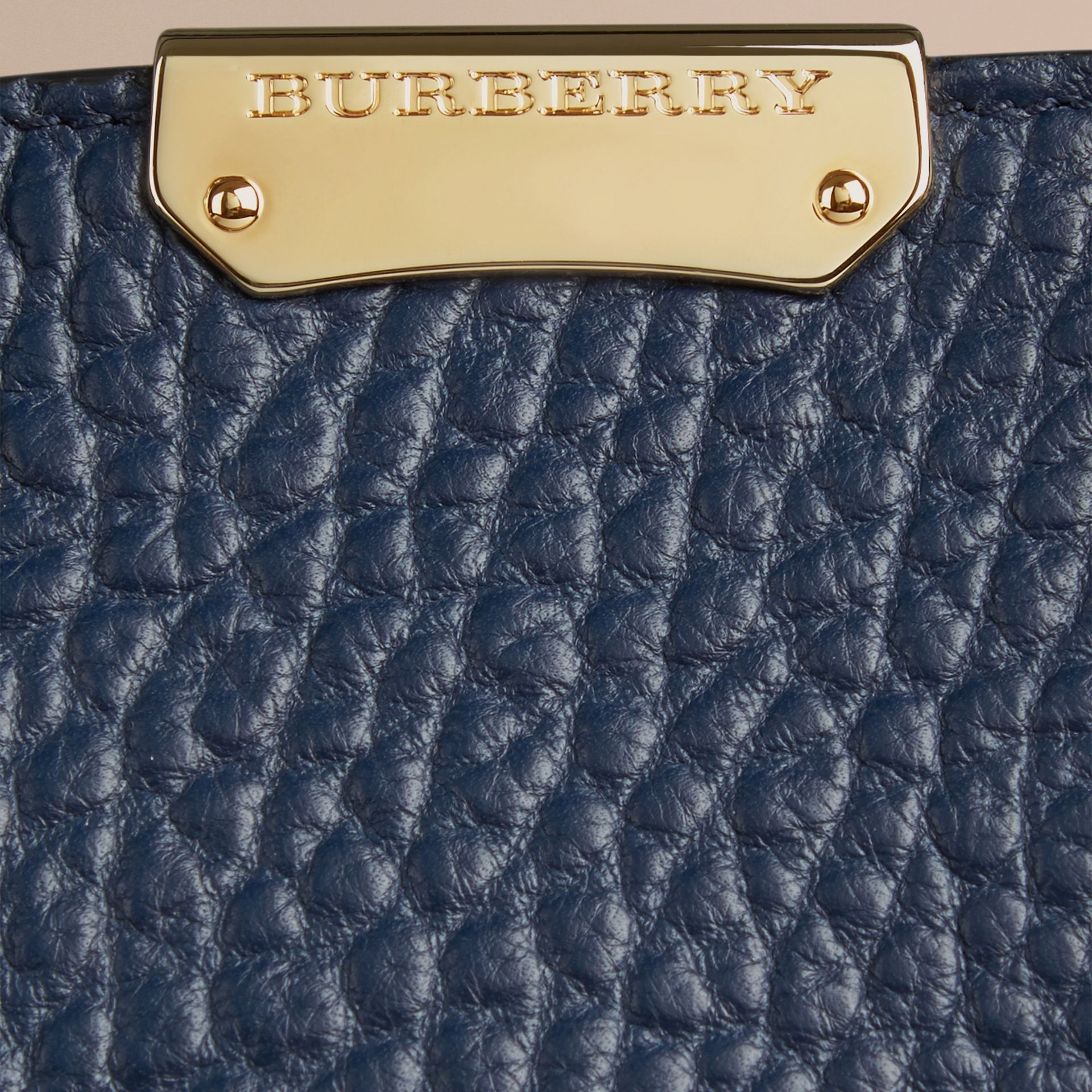 Blue carbon The Medium Clifton in Signature Grain Leather Blue Carbon - gallery image 2