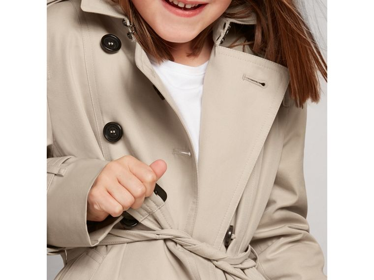 The Sandringham – Heritage Trench Coat in Stone - Girl | Burberry United States - cell image 1