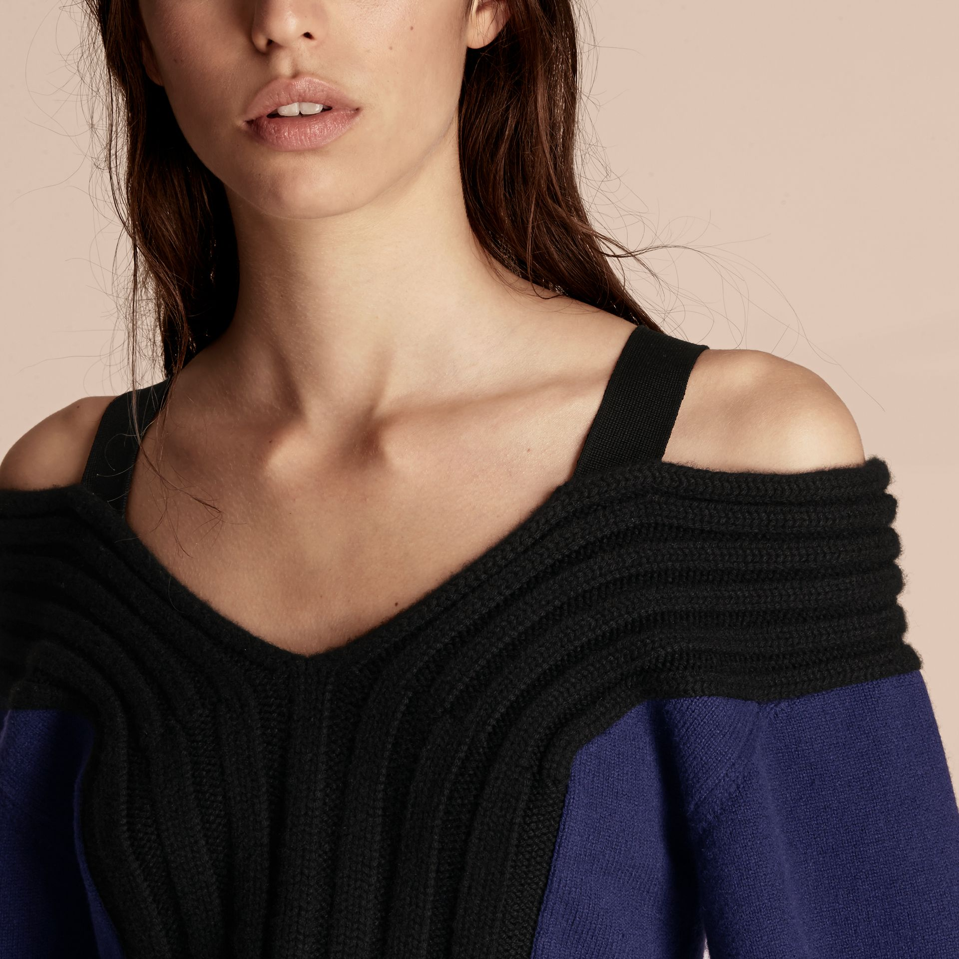 Navy/black Wool Cashmere Off-the-shoulder Sweater Navy/black - gallery image 5
