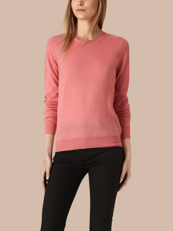 Check Detail Merino Crew Neck Sweater Apricot