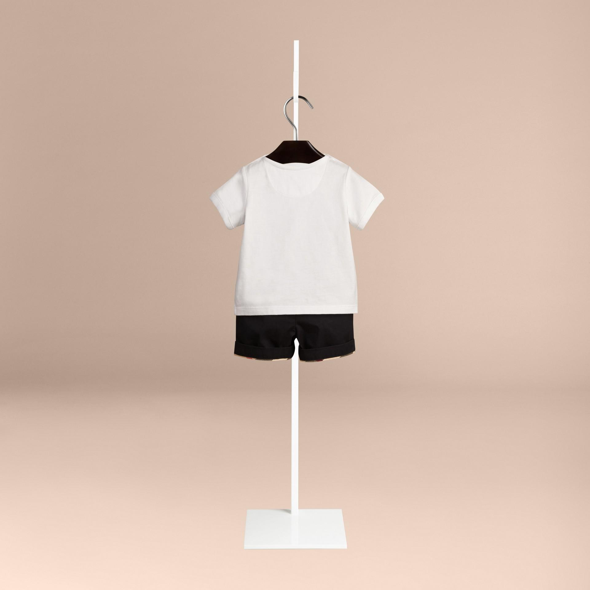 Branco Camiseta de algodão com estampa tipográfica - galeria de imagens 2