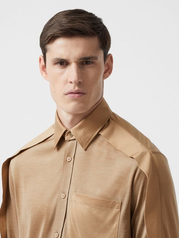 Classic Fit Cape Sleeve Silk Jersey Shirt in Soft Fawn