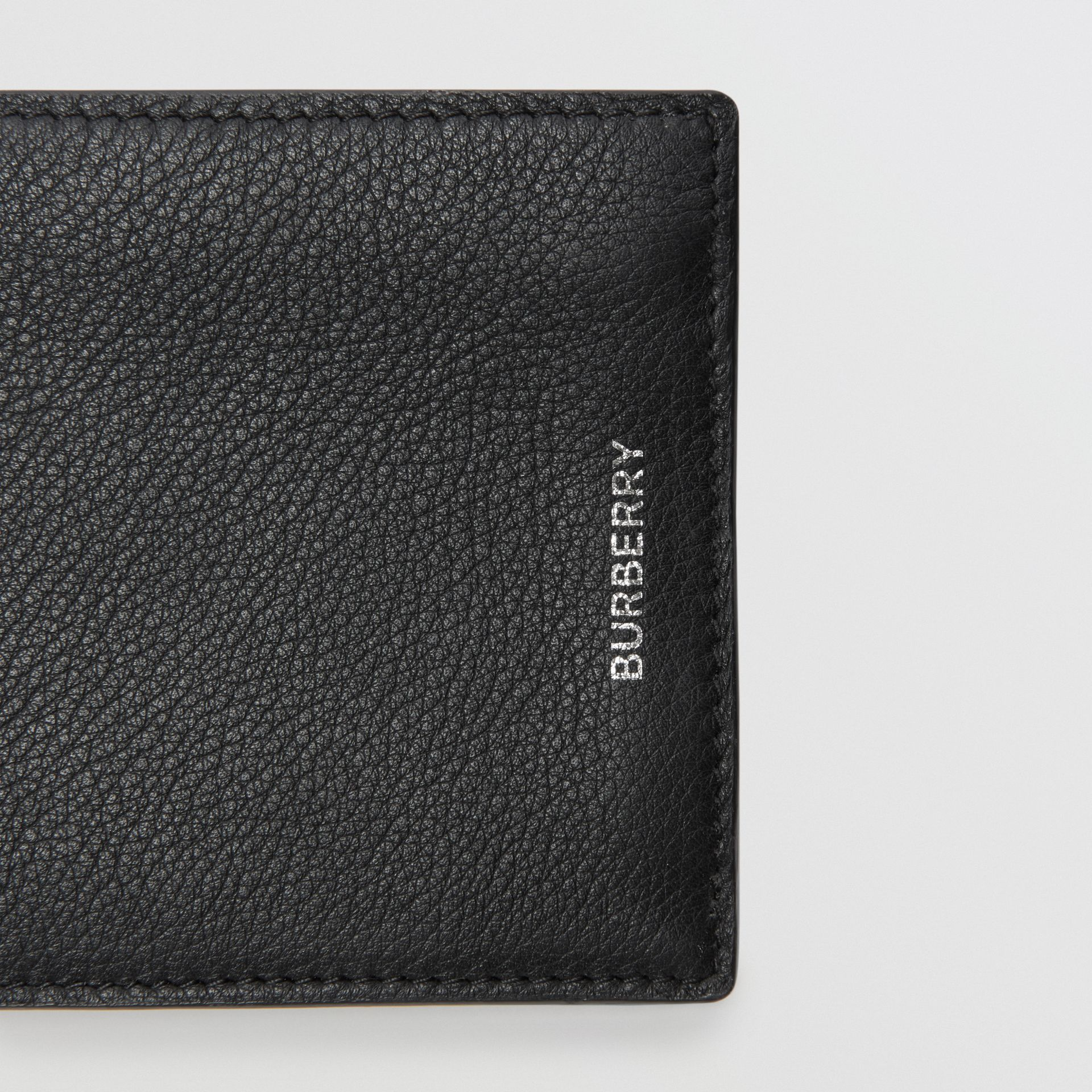 Grainy Leather International Bifold Wallet in Black - Men | Burberry United Kingdom - gallery image 1