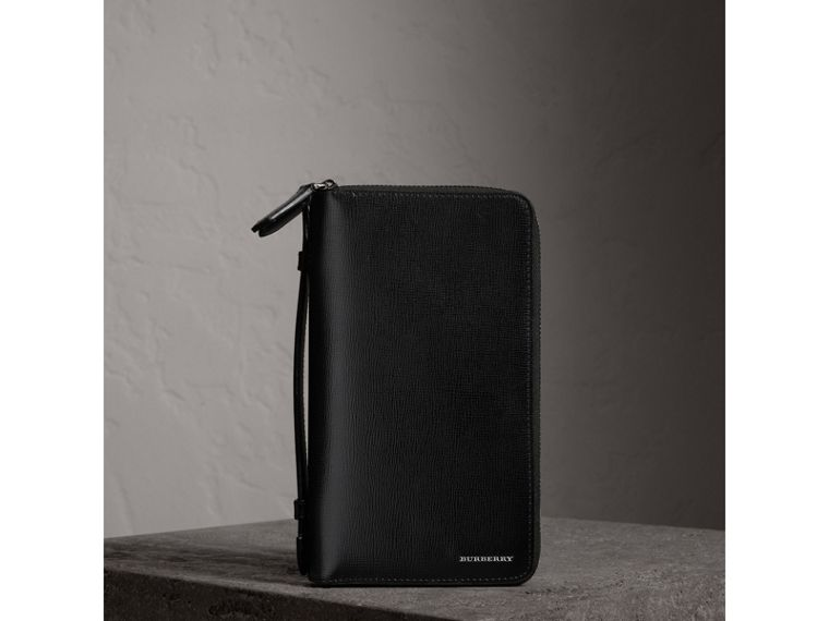 London Leather Travel Wallet in Black - Men | Burberry Canada - cell image 4