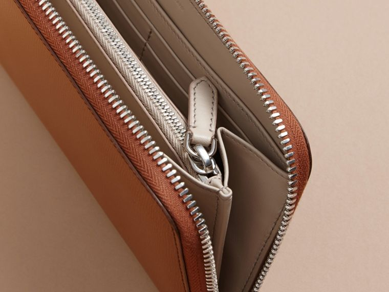 London Leather Ziparound Wallet in Tan - Men | Burberry - cell image 4