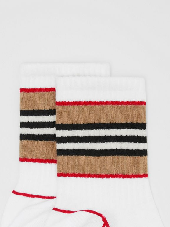 Icon Stripe Intarsia Cotton Blend Ankle Socks in White | Burberry - cell image 1