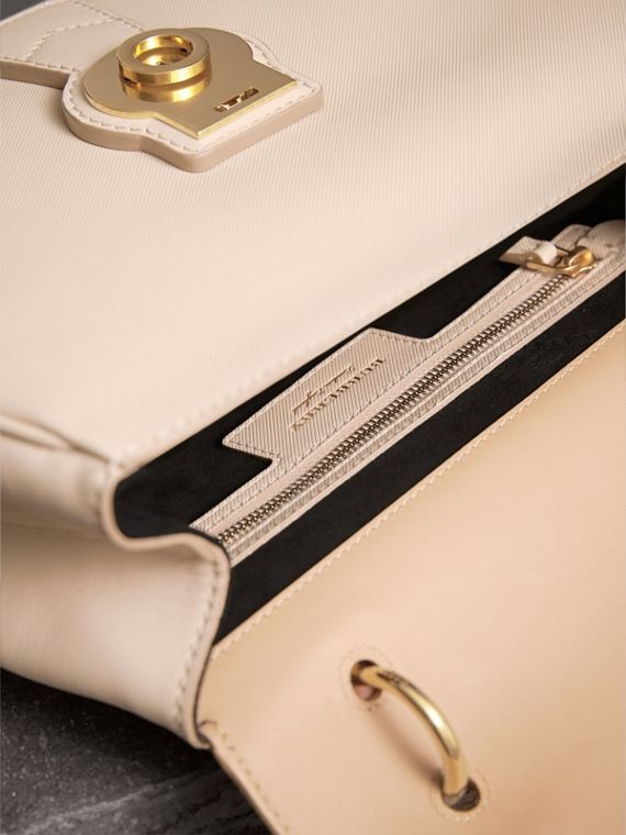 The Medium DK88 Top Handle Bag in Limestone/honey - Women | Burberry - cell image 3