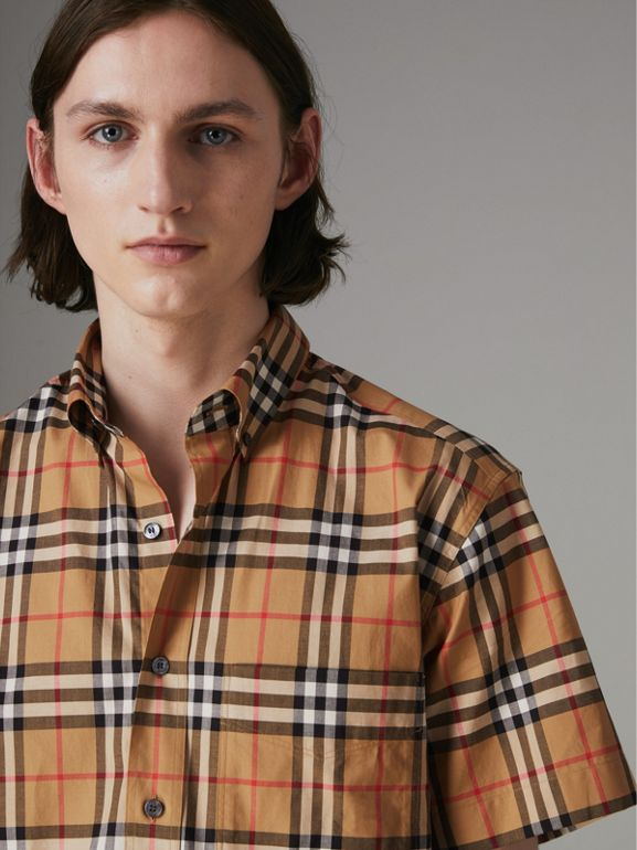Short-sleeve Vintage Check Shirt in Antique Yellow - Men | Burberry Hong Kong - cell image 1