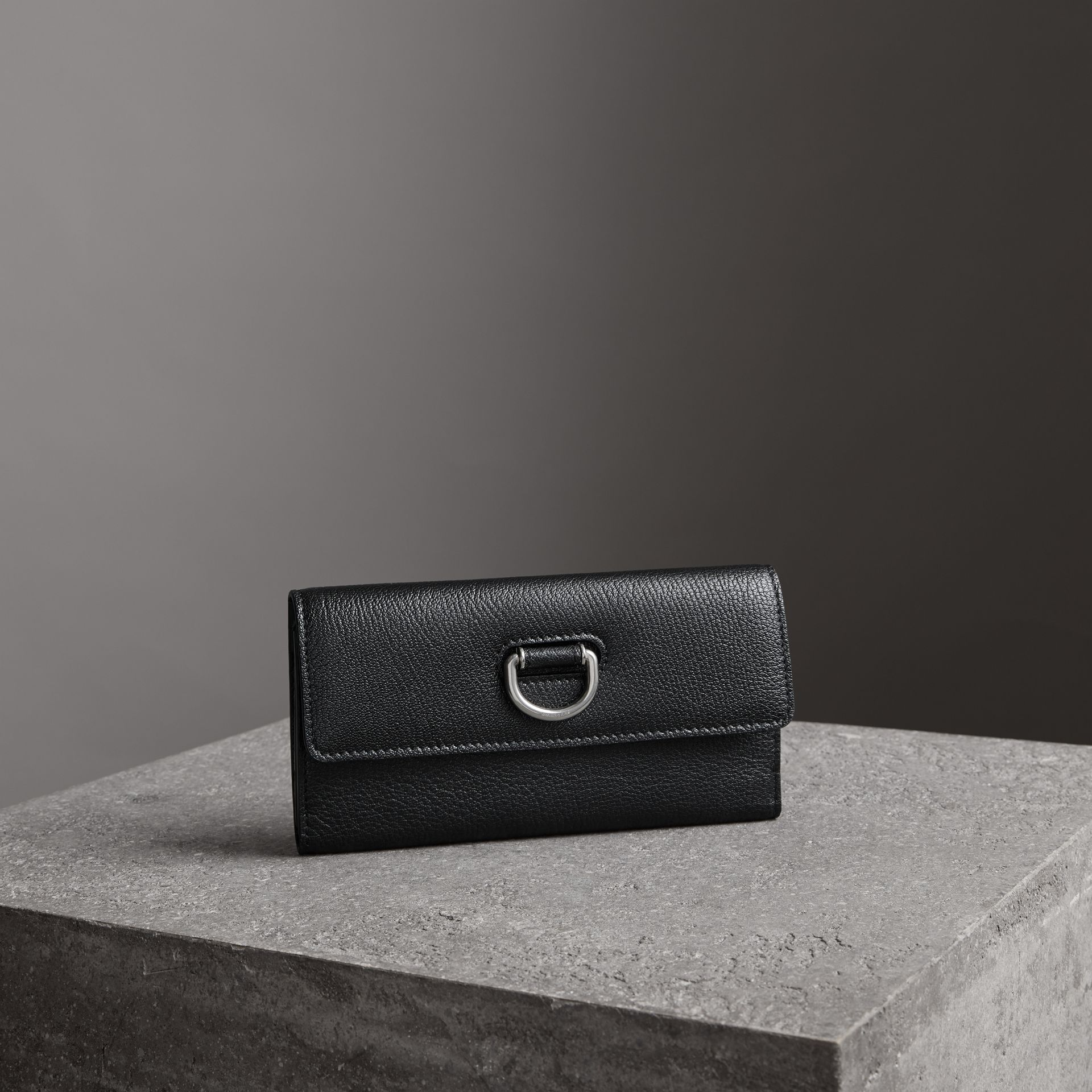 D-ring Grainy Leather Continental Wallet in Black/green - Women | Burberry - gallery image 0