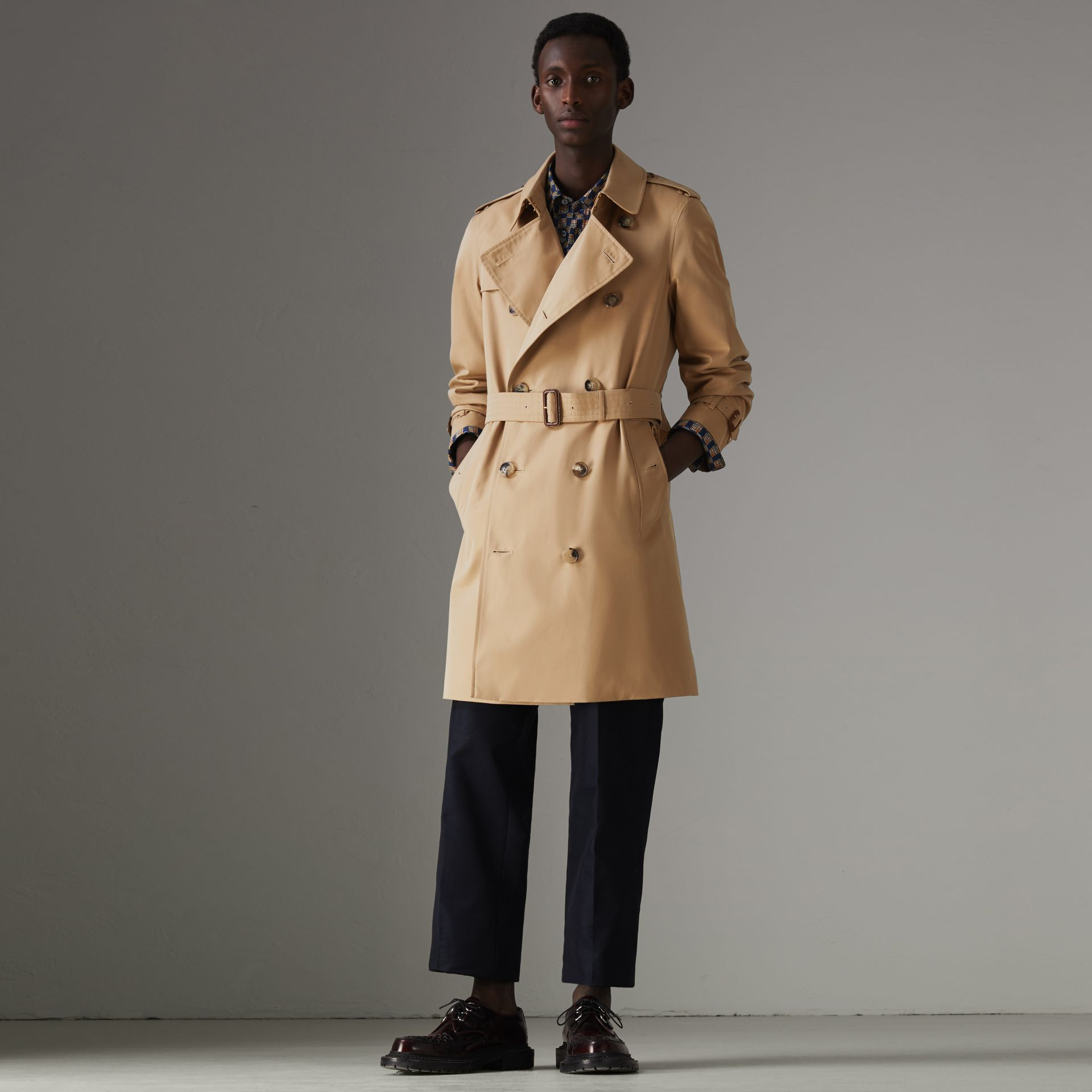 The Chelsea Heritage Trench Coat in Honey - Men | Burberry Hong Kong - gallery image 0