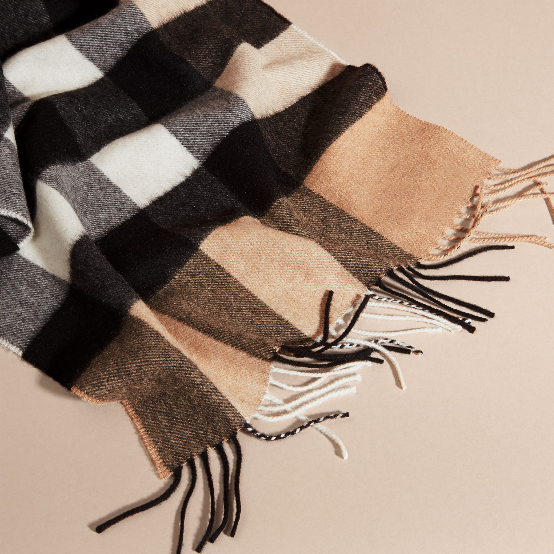 The Large Classic Cashmere Scarf in Check in Camel - gallery image 5