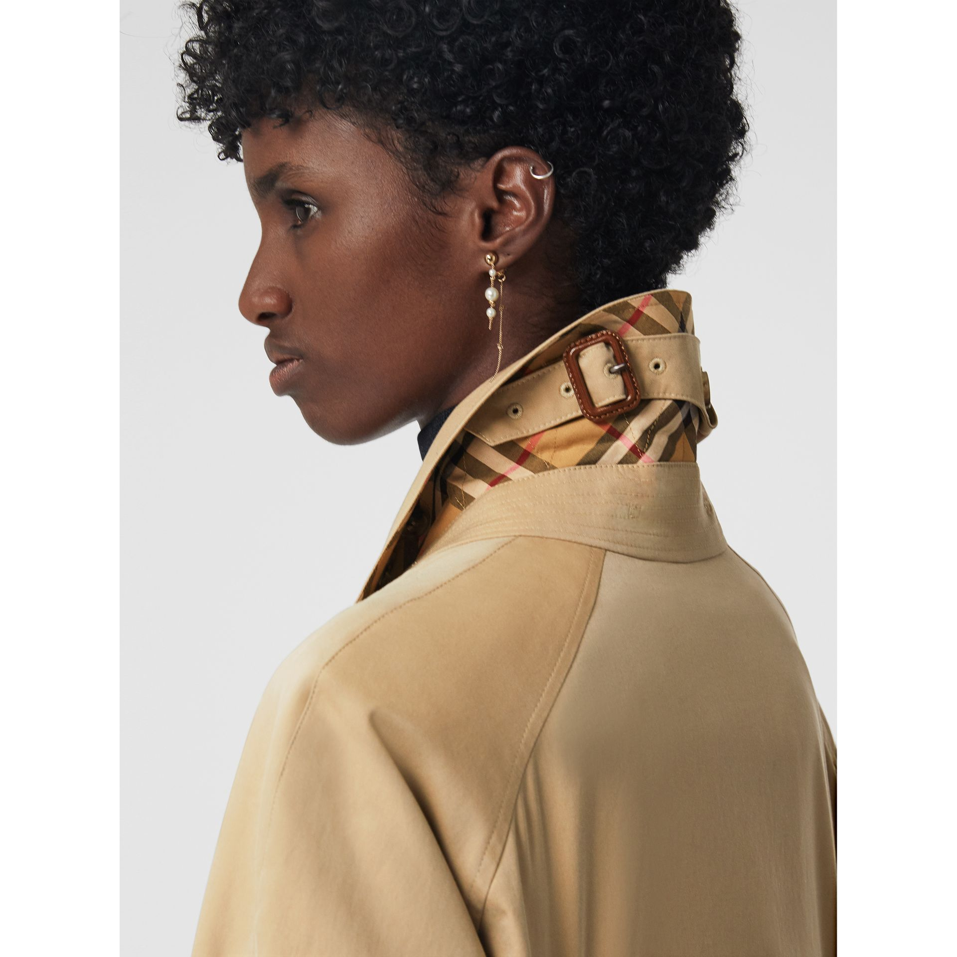 Side-slit Tropical Gabardine Trench Coat in Honey - Women | Burberry Canada - gallery image 6