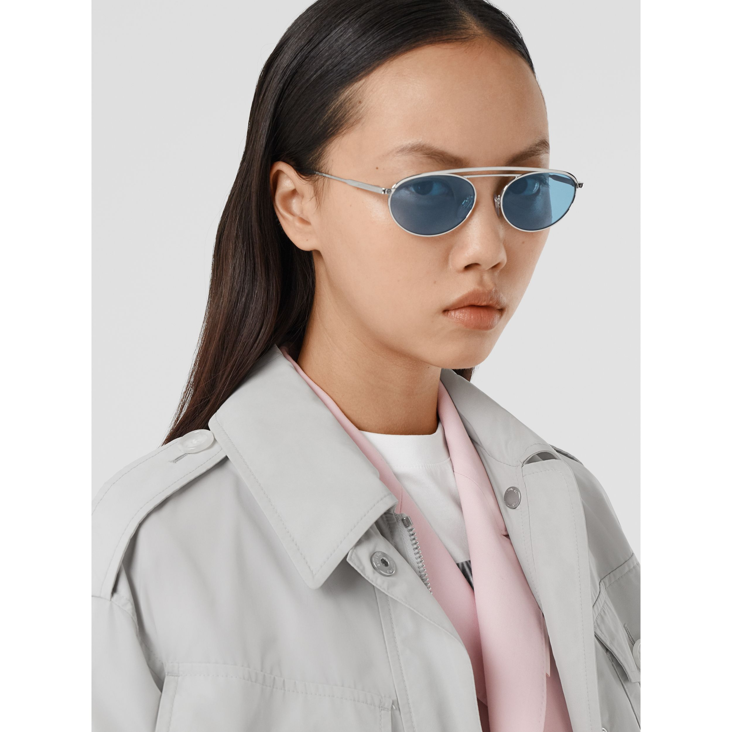 Oval Frame Sunglasses in Light Blue - Women | Burberry - 3