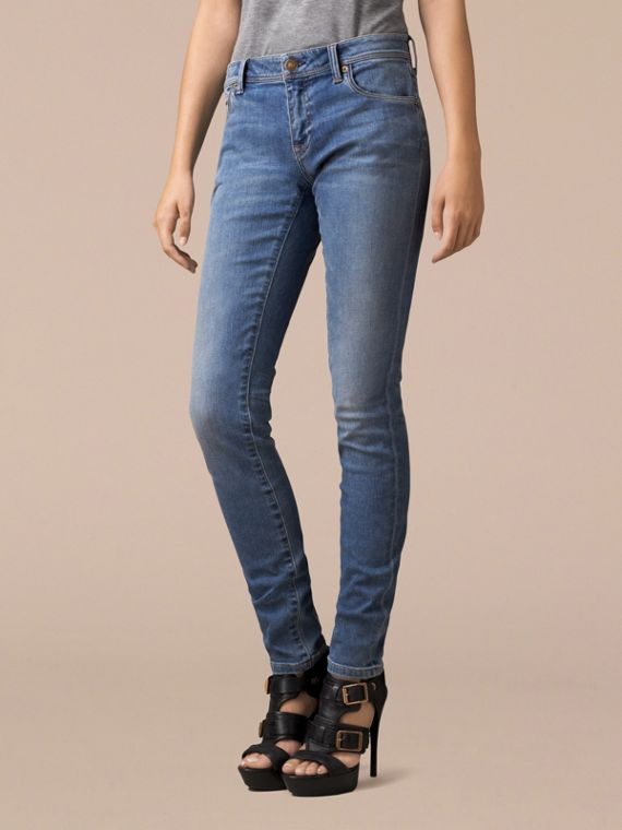 Skinny Low-Rise Vintage Wash Jeans - cell image 2