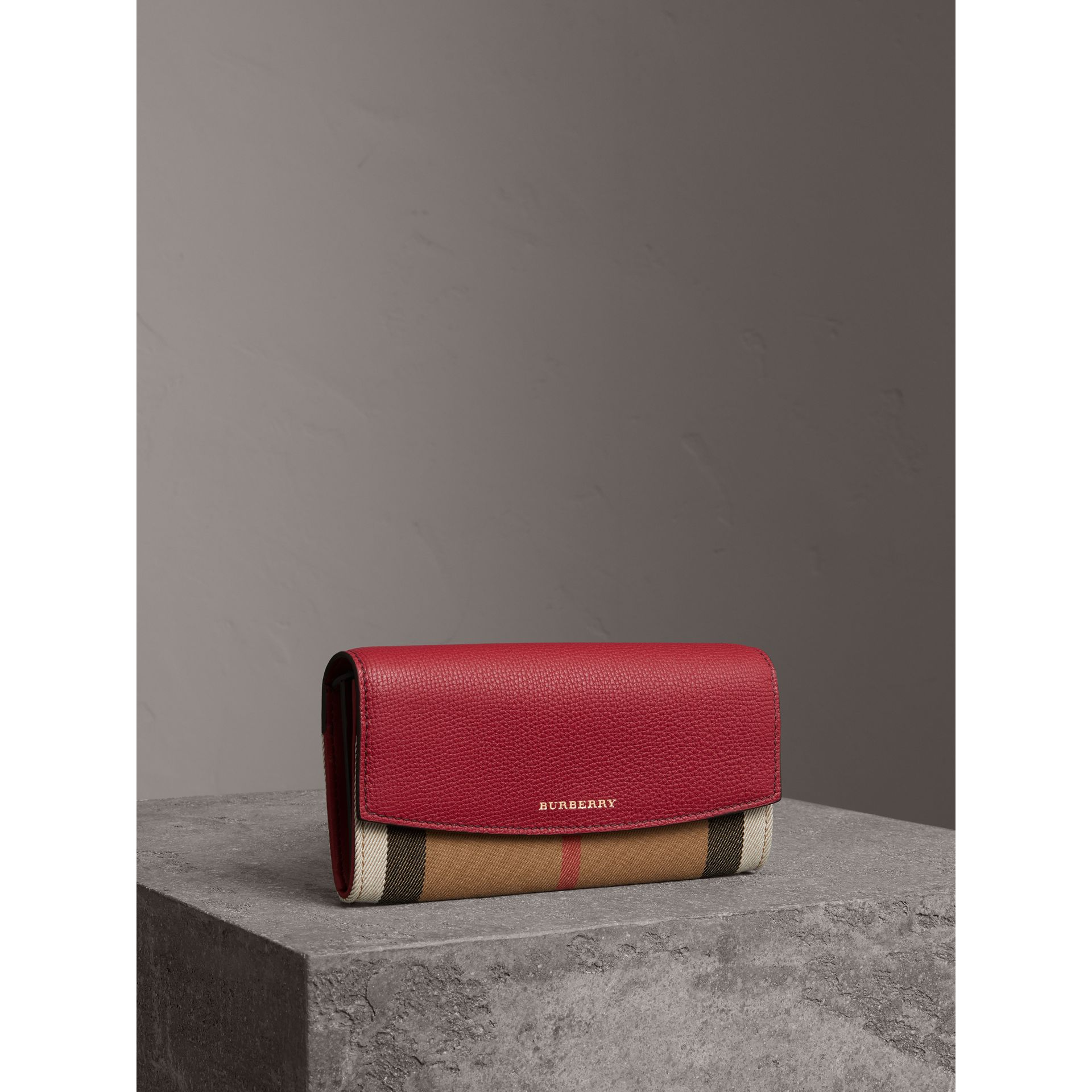 House Check And Leather Continental Wallet in Military Red - Women | Burberry - gallery image 1