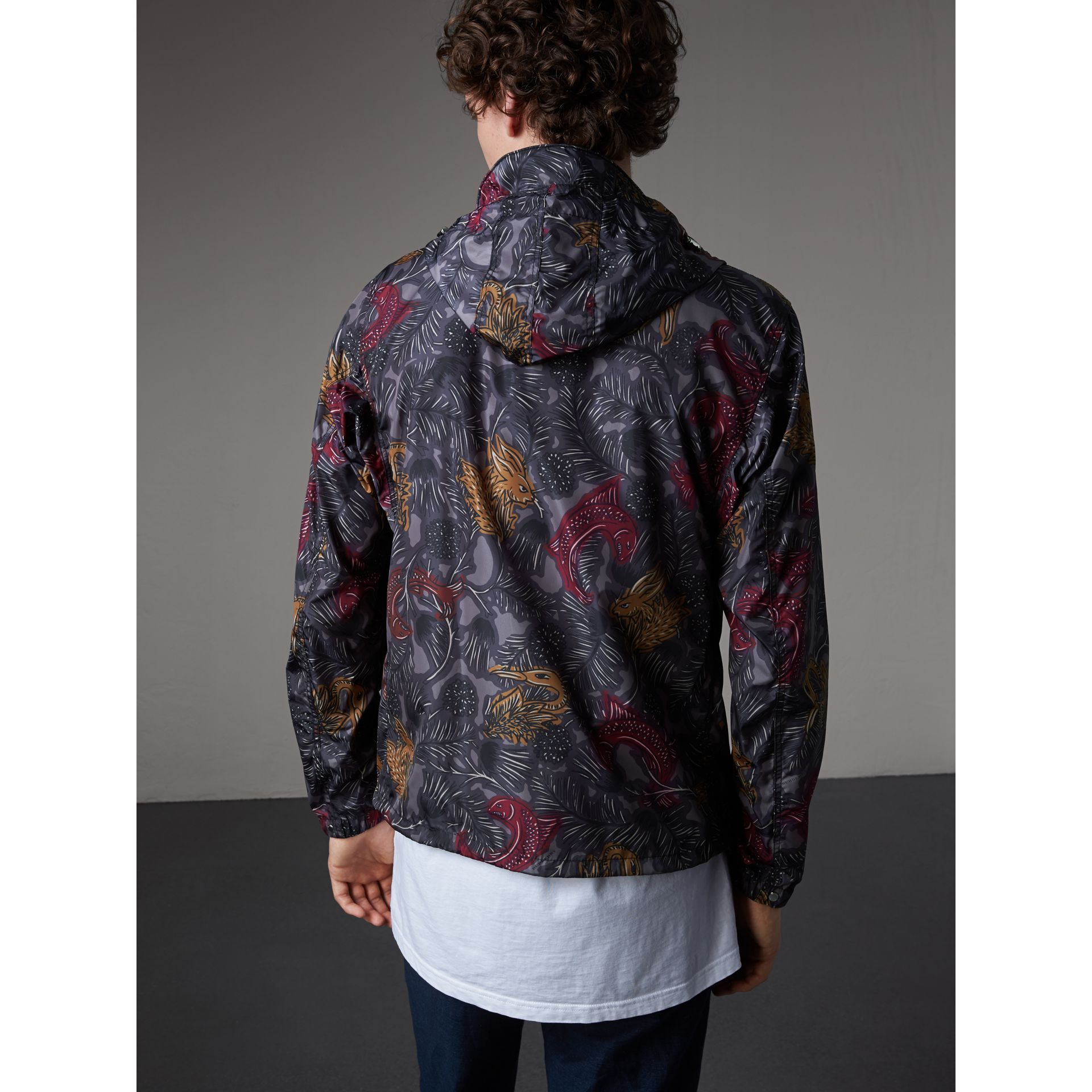 Beasts Print Super-lightweight Hooded Jacket in Navy Grey - Men | Burberry - gallery image 3