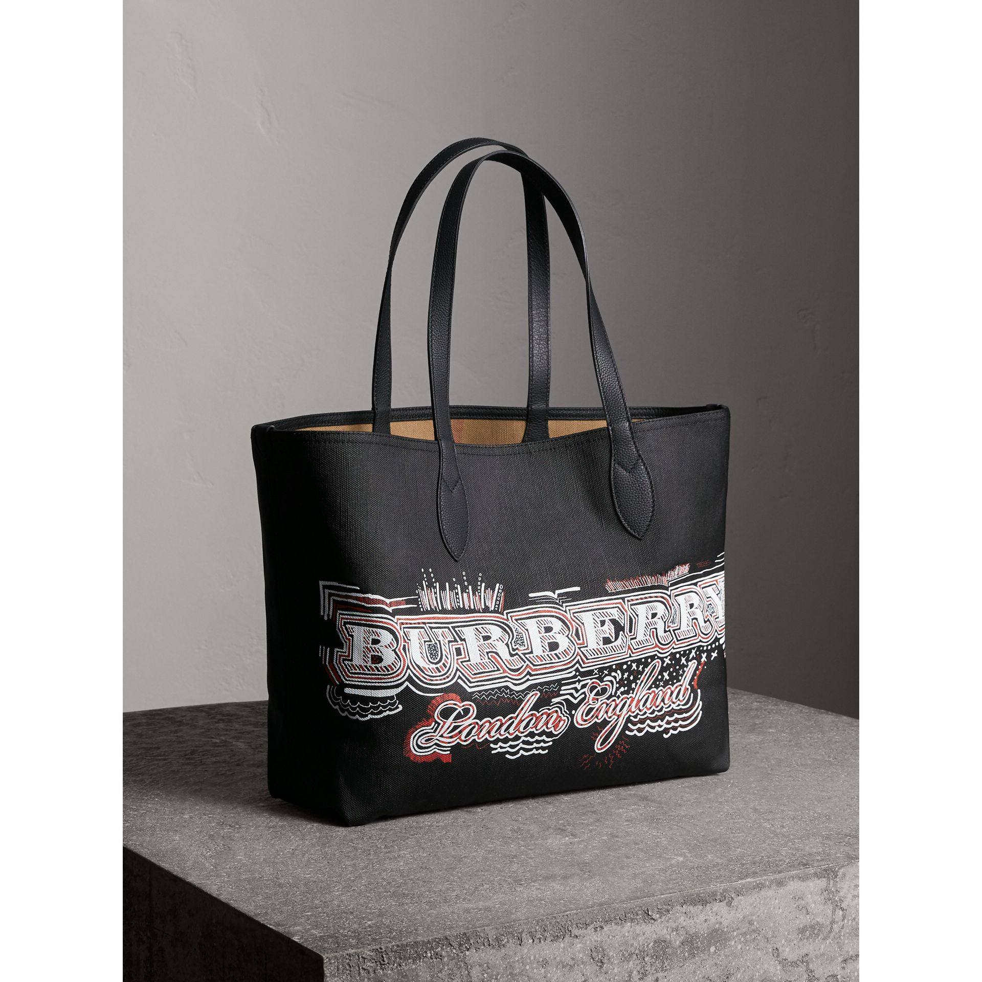 The Medium Reversible Doodle Tote in Black | Burberry - gallery image 9