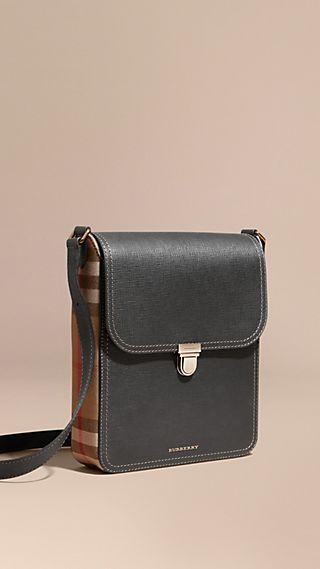 Sacoche medium The Satchel en cuir texturé, avec motif House check