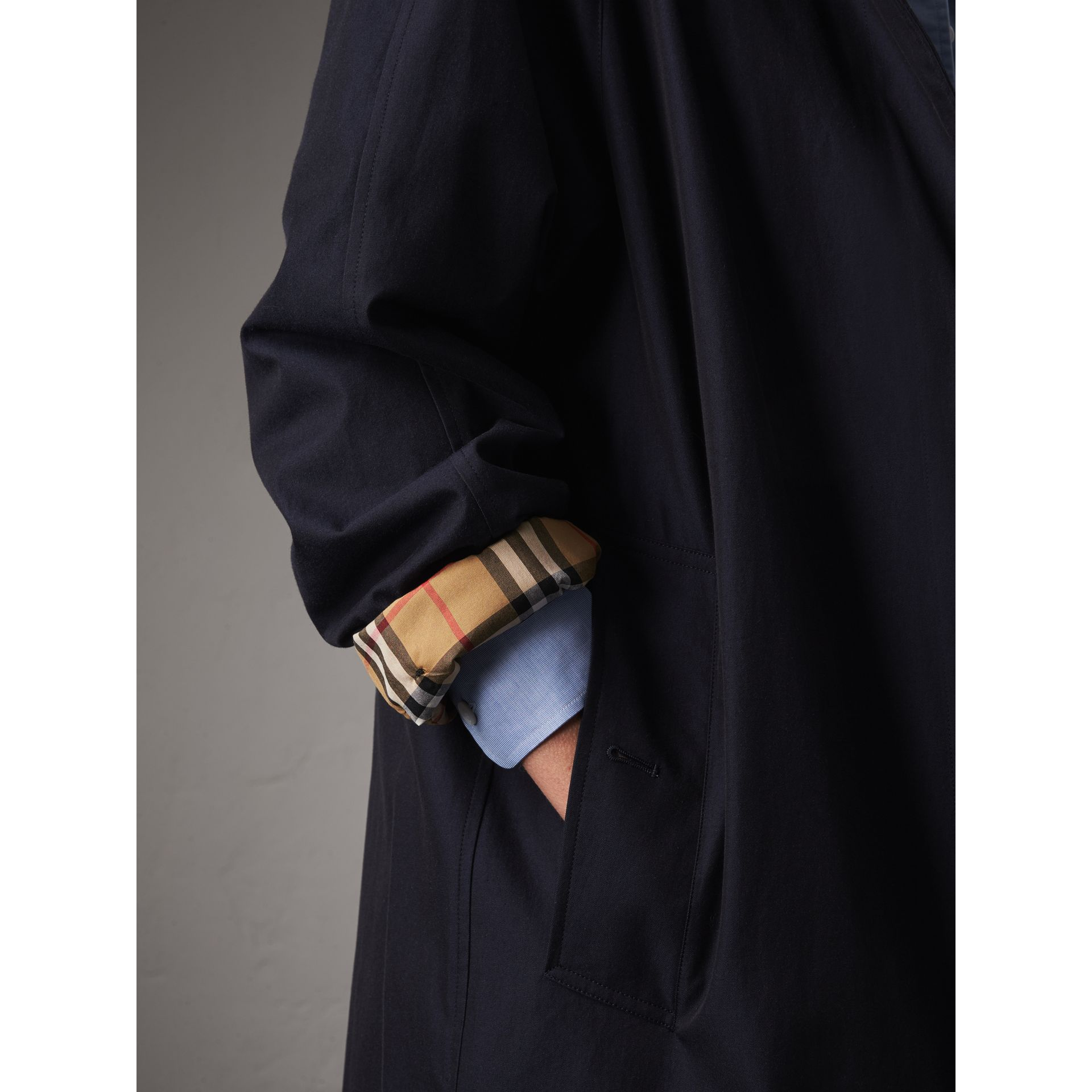 The Camden – Long Car Coat in Blue Carbon - Women | Burberry - gallery image 5