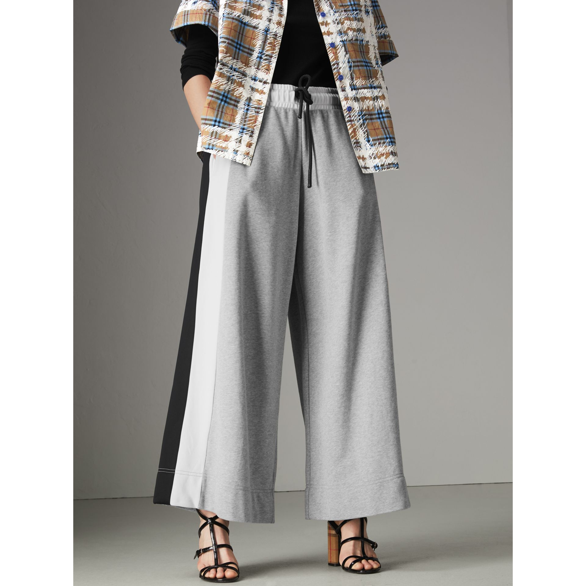 Stripe Detail Wide-leg Cotton Jersey Sweatpants in Pale Grey Melange - Women | Burberry - gallery image 4
