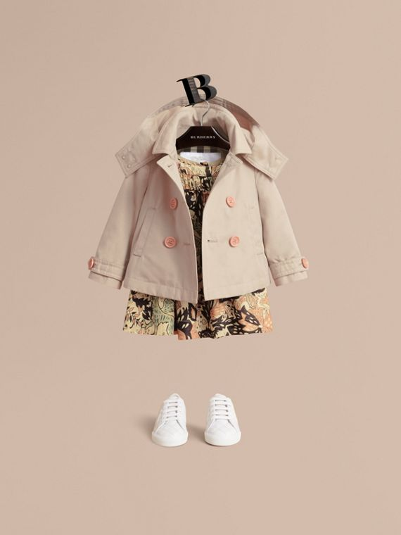 Resin Button Cotton A-line Jacket  with Detachable Hood | Burberry