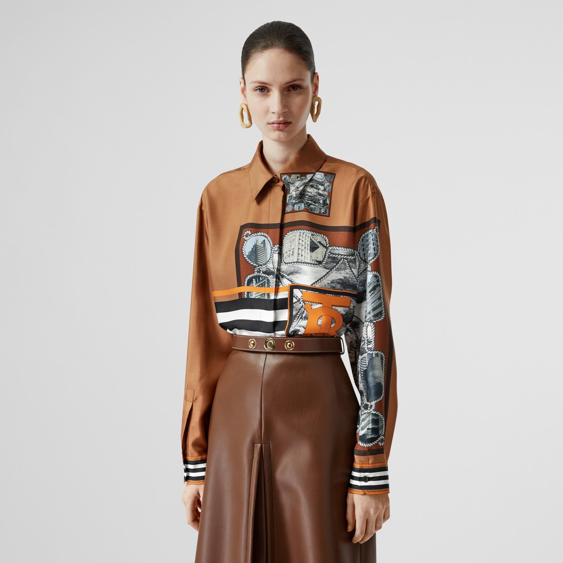 Camisa oversize de sarja de seda com estampa de aparelho náutico (Marrom Castanho Escuro) - Mulheres   Burberry - galeria de imagens 5