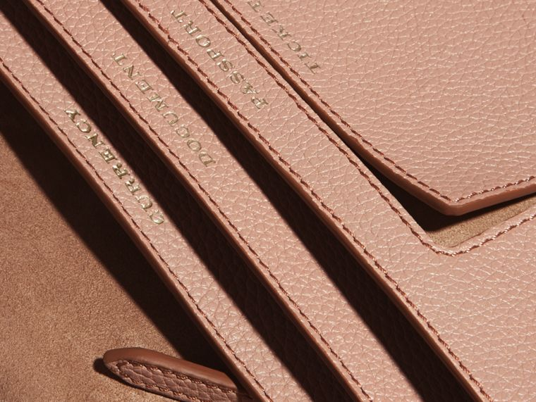 Pale apricot Grainy Leather Travel Wallet Pale Apricot - cell image 4