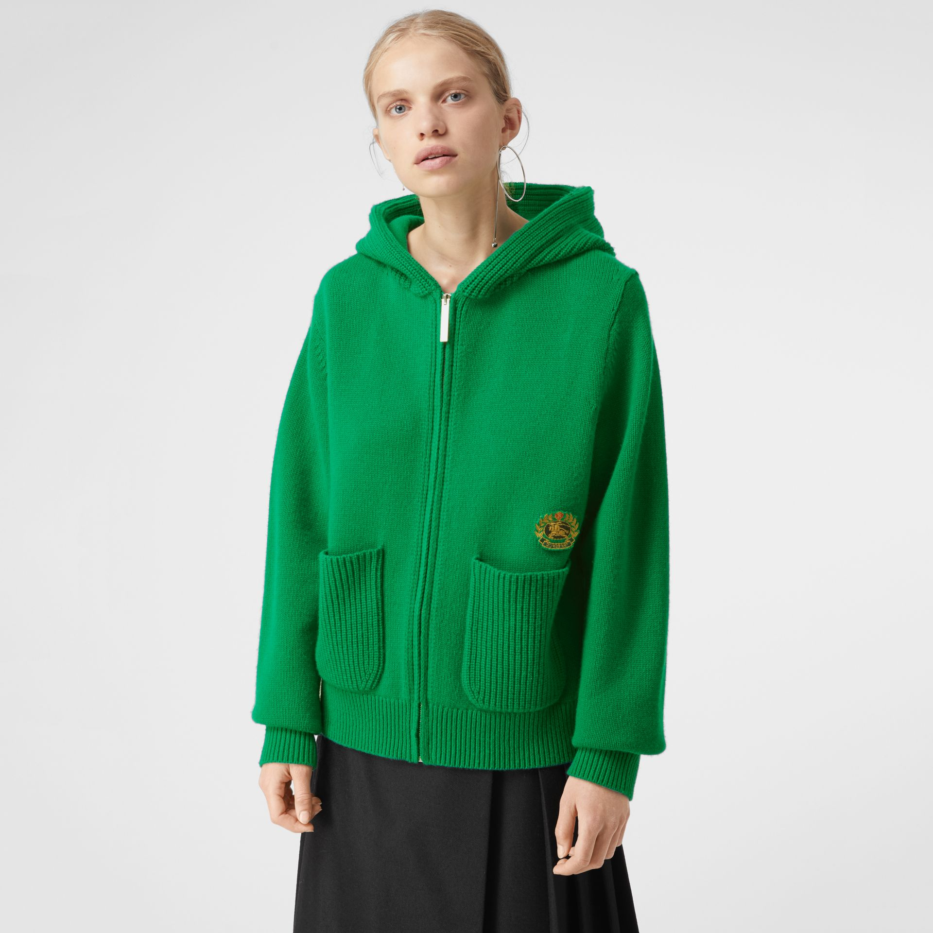 Embroidered Crest Cashmere Hooded Top in Vibrant Green - Women | Burberry Australia - gallery image 4