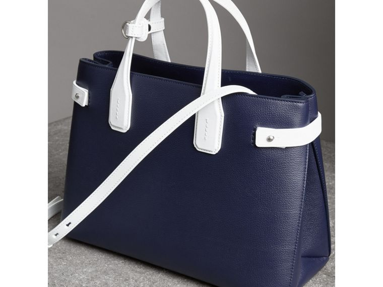 The Medium Banner in Two-tone Leather in Regency Blue/chalk White - Women | Burberry - cell image 4